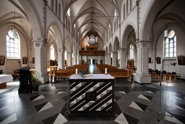 Kirche_Mittel